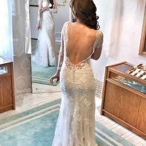 SEXY Lace Long Sleeved Wedding Dress LOW BACK